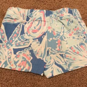 Lilly Pulitzer Bottoms - Girls Lilly Pulitzer shorts size 2